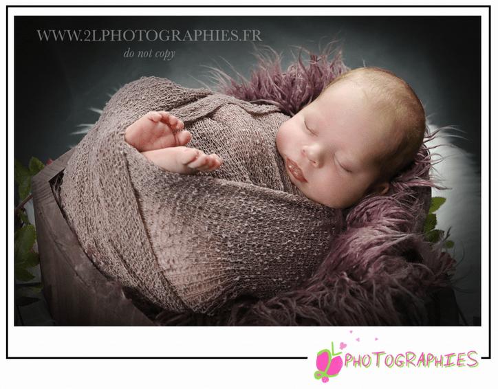 Photo bébé prise par la photographe Ludivine du site : www.2lphotographies.fr