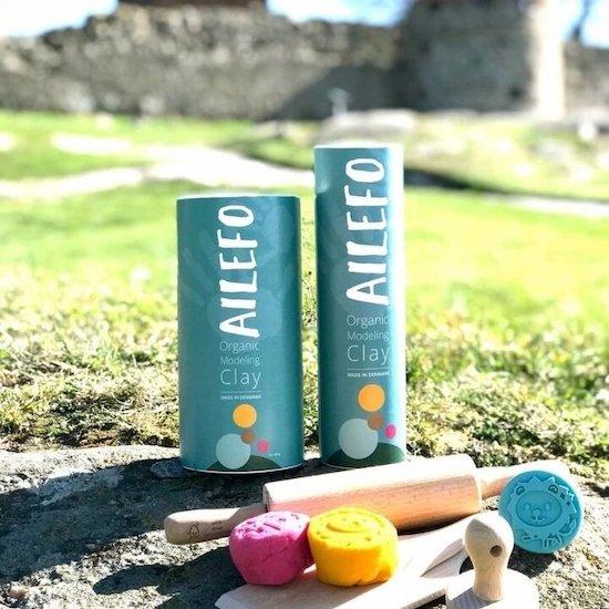 1ère pâte à modeler naturelle et non-toxique fabriquée à partir d'ingrédients 100% végétal, merci à cette marque du Danemark « Ailefo » pour ce beau produit