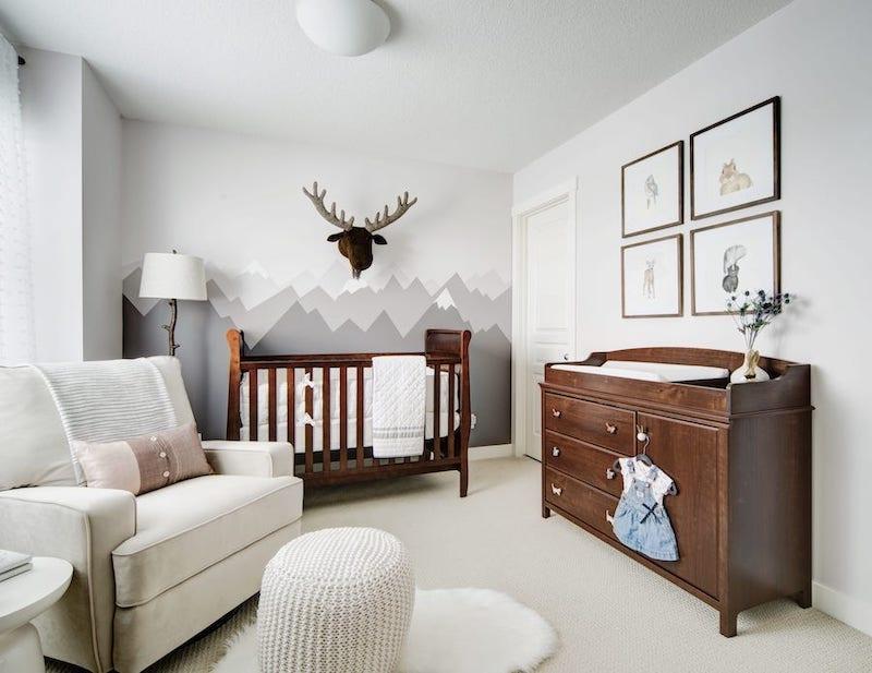 Chambre bébé montagne style rustique
