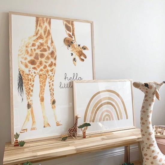 Affiche girafe à l'envers - Créatrice ETSY : Joyfur