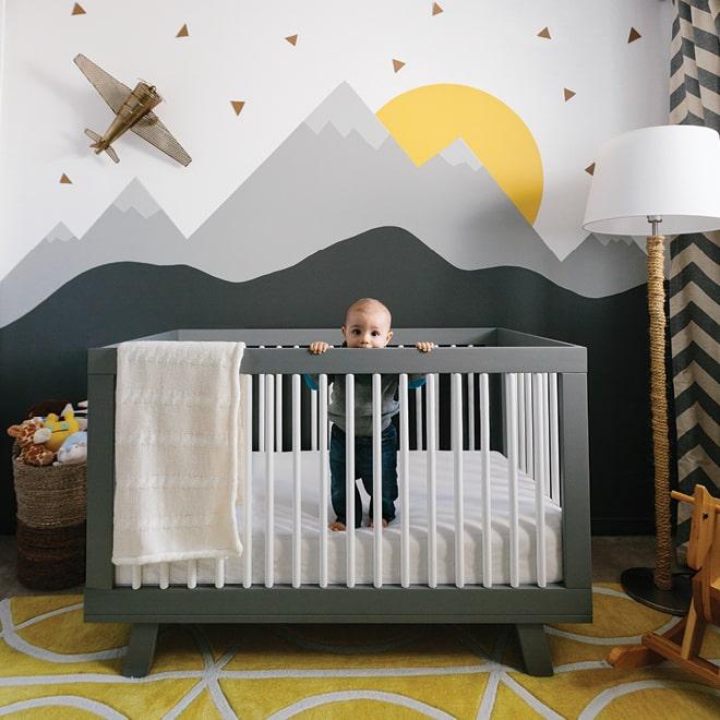 Chambre bébé garçon montagne moderne