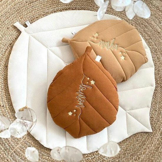 Coussin feuille personnalisable – cassisetpetithoux