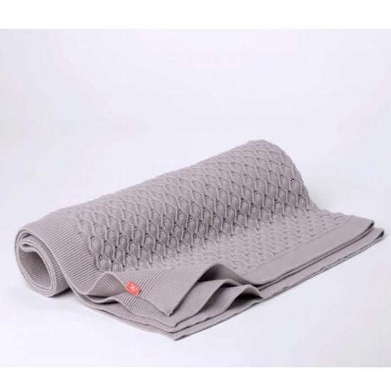 Couverture grise bio pour envelopper bébé