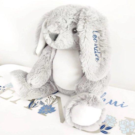 Doudou lapin personnalisé pour bébé - Créatrice ETSY : Lescreationsdelyllou