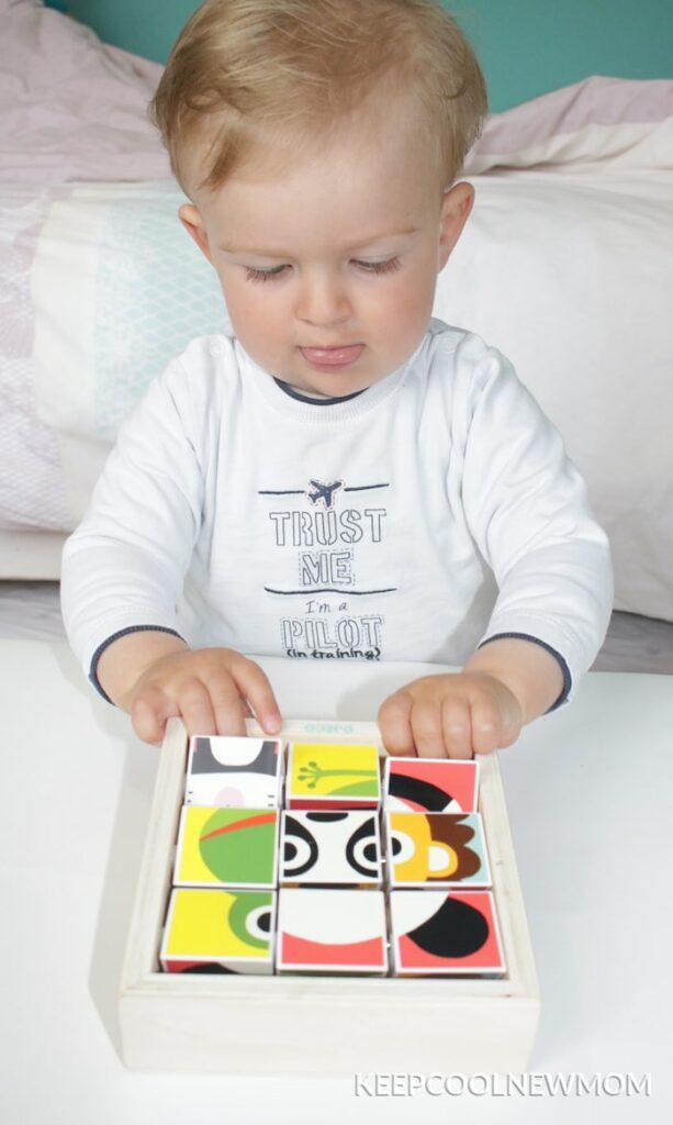 Puzzle de DJECO constitué de 9 pièces développe la motricité fine et le sens de l'observation de l'enfant