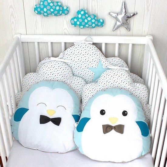 5 coussins pour tour de lit ou parc thème pingouin - Créatrice ETSY : PetitLionForBaby