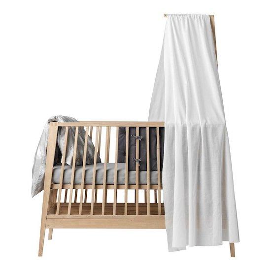 Voile de lit bébé Linea Blanc Leander. Idéal pour donner un côté cocooning à une chambre de bébé